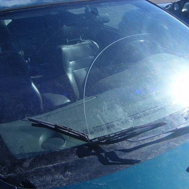 Importance of Maintaining Windshield Wipers